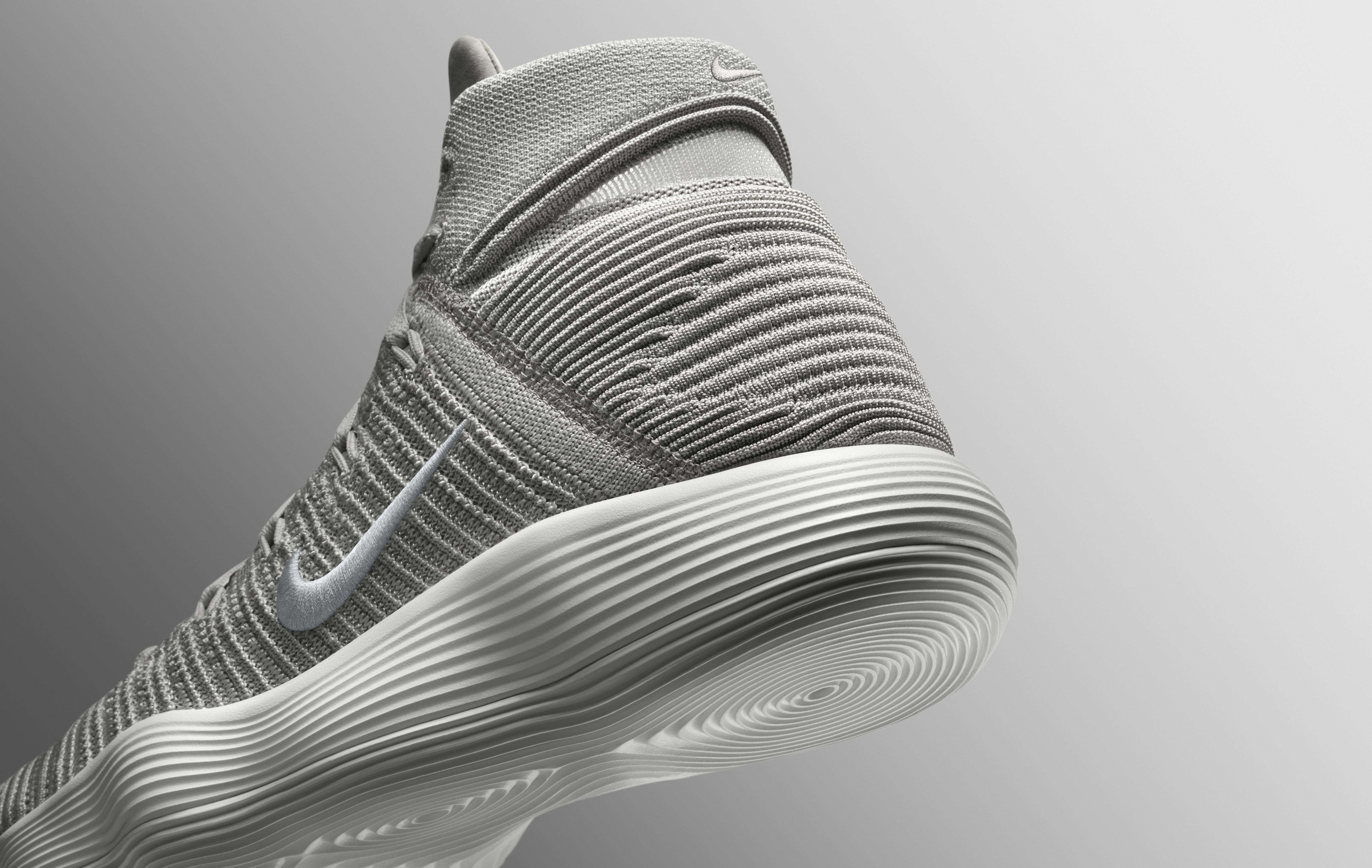 f755ea4f19f8 Durante el último cuarto de siglo Nike y Jordan han planteado las mayores  propuestas tecnológicas del baloncesto y sorprendentemente el público las  ha ...
